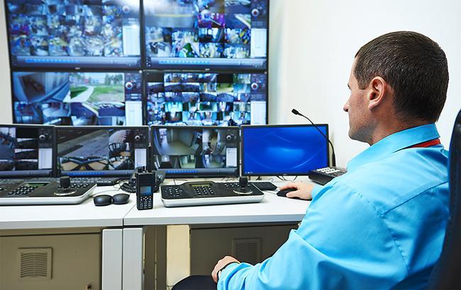 Держава використуває все більше методів, щоб контролювати приватне життя громадян