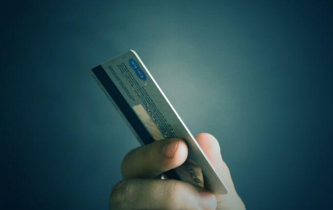 Новая схема: как мошенники переводят деньги с карты ПриватБанка