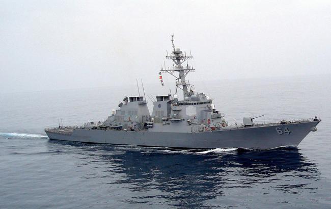 Фото: эскадренный миноносец ВМС США Carney