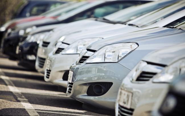 Украина вводит окончательную пошлину на легковые авто из РФ на 5 лет