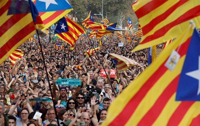 Каталонія проголосила незалежність: подробиці