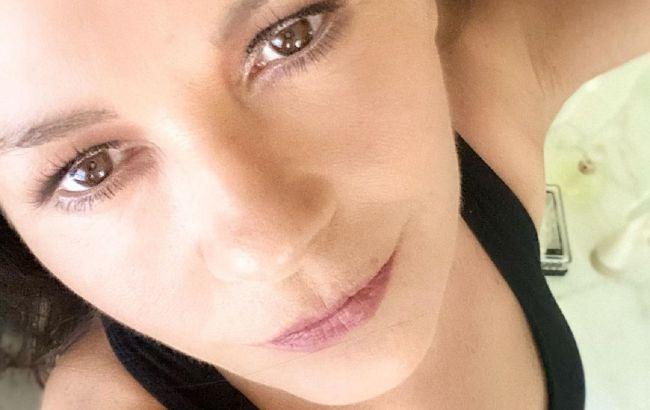 51-річна Кетрін Зета-Джонс показала чесне селфі без макіяжу і укладки
