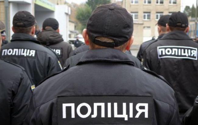 У Кривому Розі побили поліцейських і відібрали у них автомат