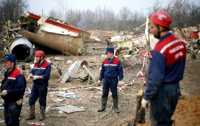 Авиакатастрофа под Смоленском: в кабине пилота находились посторонние лица