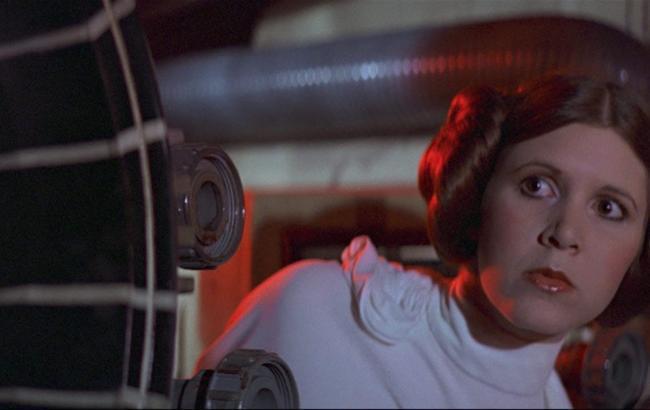 Фото: Керрі Фішер в образі принцеси Леї (starwars.com)