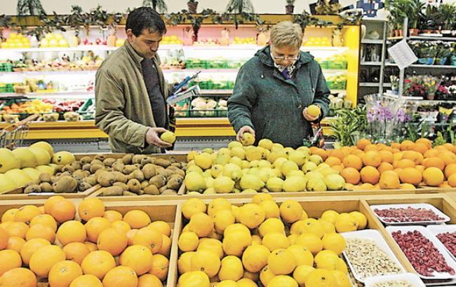 Близько половини українців скоротили обсяги споживання цитрусових, - УКАБ