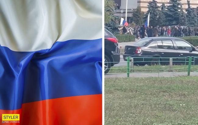 В Киеве под Деснянской РГА заметили баррикады и людей с российскими флагами: что происходит