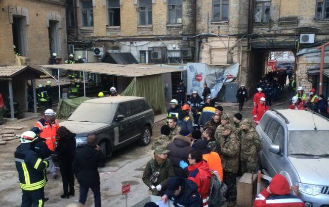 По факту обвала дома в Киеве открыто уголовное дело