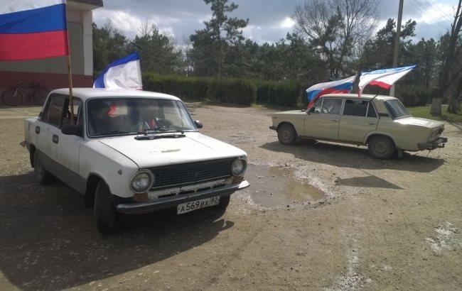 """Фото: """"Автопробіг"""" в окупованому Криму"""