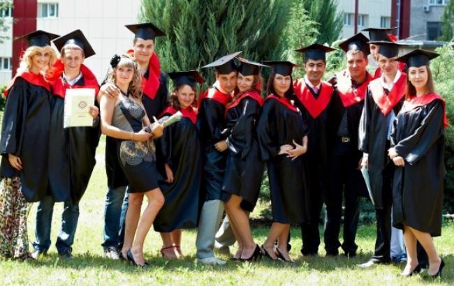 РФ не збирається видавати російські дипломи випускникам ЛНР і ДНР