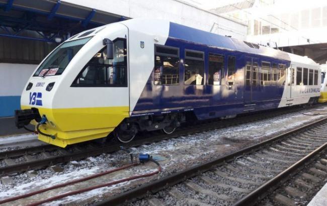 """Сегодня начинает курсировать железнодорожный экспресс в аэропорт """"Борисполь"""""""