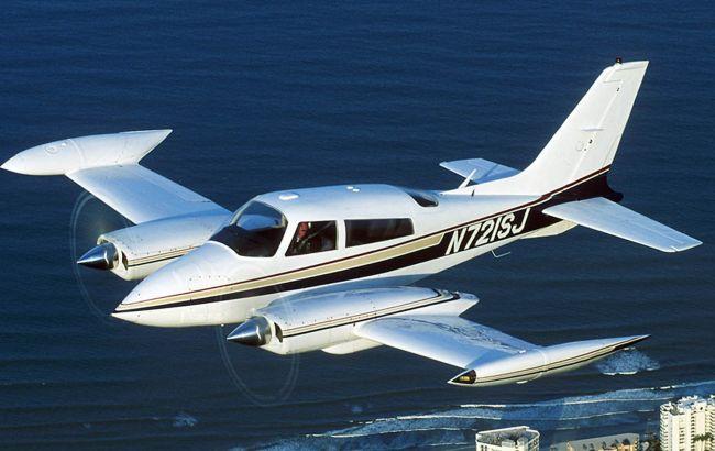 Фото: у США розбився літак з 4 пасажирами на борту