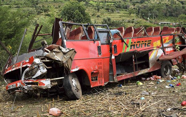 Фото: авария в Кении (twitter.com/vishal7732)