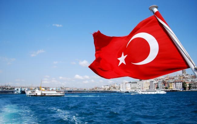 ЕС может ввести безвизовый режим с Турцией осенью 2016 года