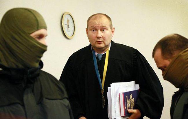 Народный депутат: Рада небудет собираться ради снятия неприкосновенности ссудьи Чауса