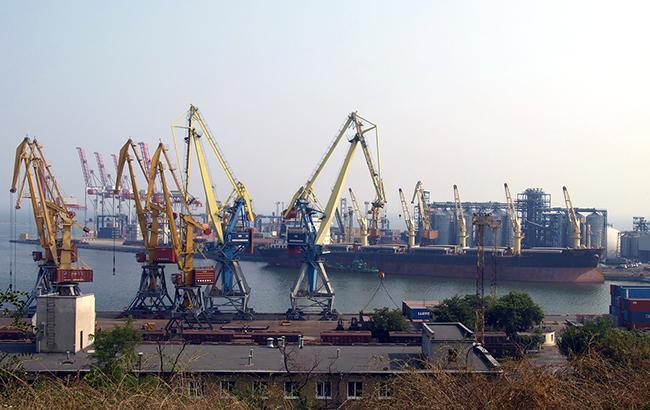 Министерство инфраструктуры пытается вернуть активы Черноморского морского пароходства