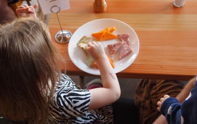 Супрун поделилась советами, как приучить ребенка правильно питаться