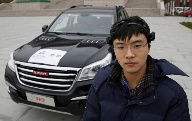Фото: китайський дослідник Чжан Чжао (Reuters)