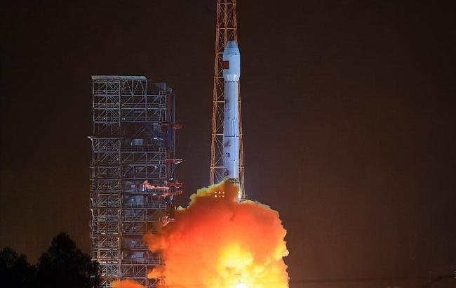 "Фото: запуск супутника Gaofen-4 (""Сіньхуа"")"