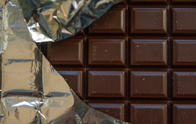 Фото: В шоколаді знайшли бите скло (pixabay.com/jackmac34)