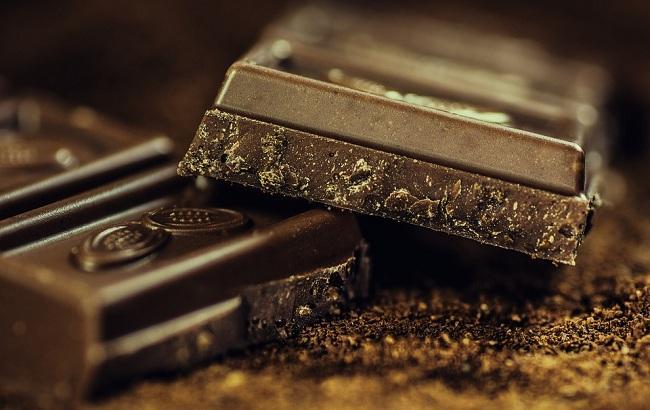 Шоколад не пустая избыточность: известный диетолог рассказала, как правильно употреблять шоколад