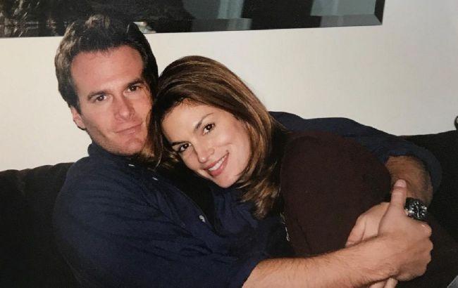 Лучший муж и папа: Синди Кроуфорд показала редкие фото с любимым