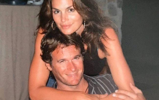 Идеальная пара: Синди Кроуфорд показала трогательное фото с любимым мужем