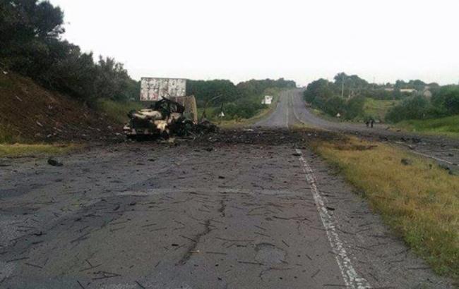 """Фото: ділянка траси """"Київ-Харків"""", де стався вибух боєприпасів"""