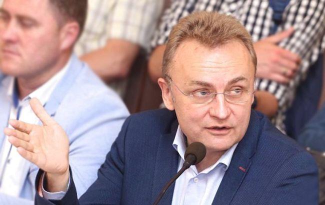 Дело Садового связано с операциями с земельными участками, - источник