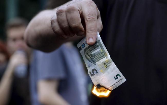 Фото: первые официальные данные фиксируют отказ греков от условий кредиторов