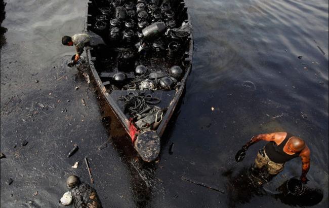 МИД потребовал отРФ информацию оразливе нефти около Севастополя