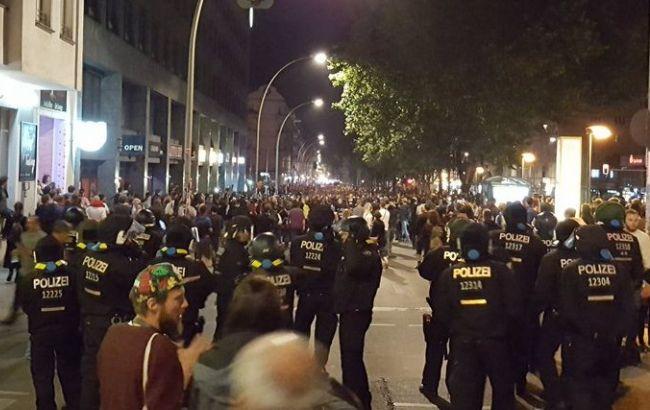 Фото: у Берліні пройшла акція проти розселення будинку