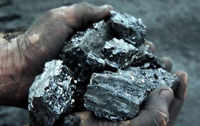 Добыча угля в Украине в феврале сократилась на 60%