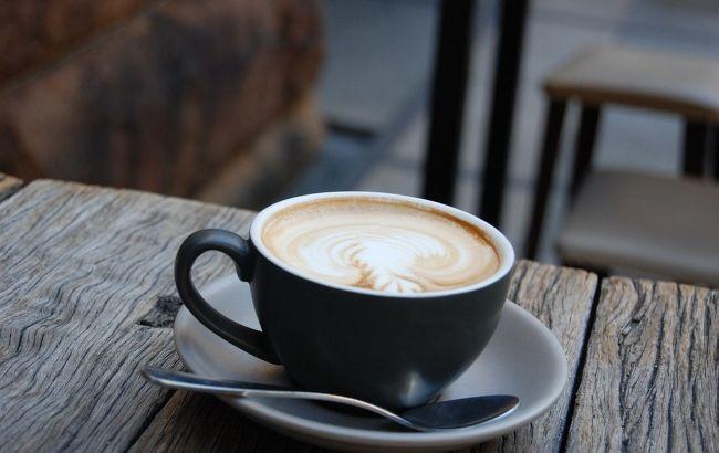 Пити чи не пити: доктор розповіла невідомі факти про каву з молоком
