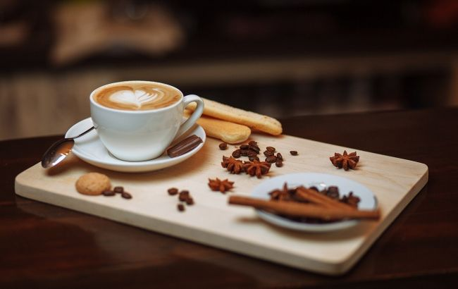 Стало известно, что чашка кофе по утрам делает с нашим организмом