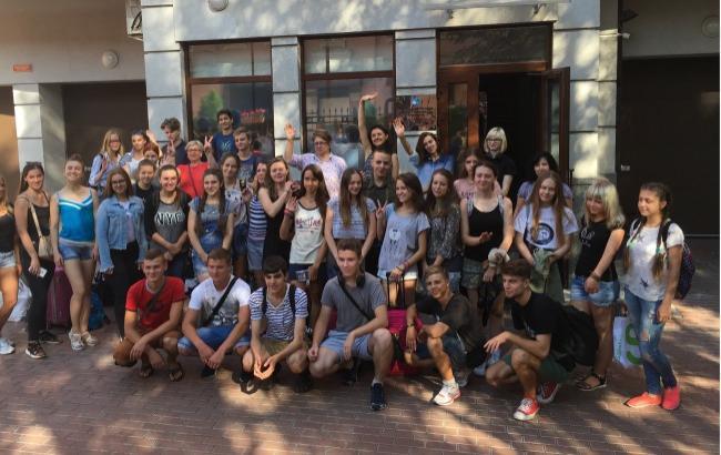 Фото: Українські школярі (ukr.rs.gov.ru)