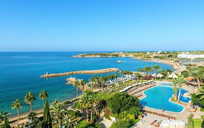 Солнечные курорты и выгодные цены: сколько стоит отпуск на Кипре в конце весны