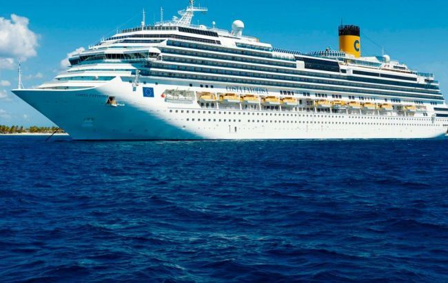 У водах Чилі на карантин зупинили два круїзних лайнери