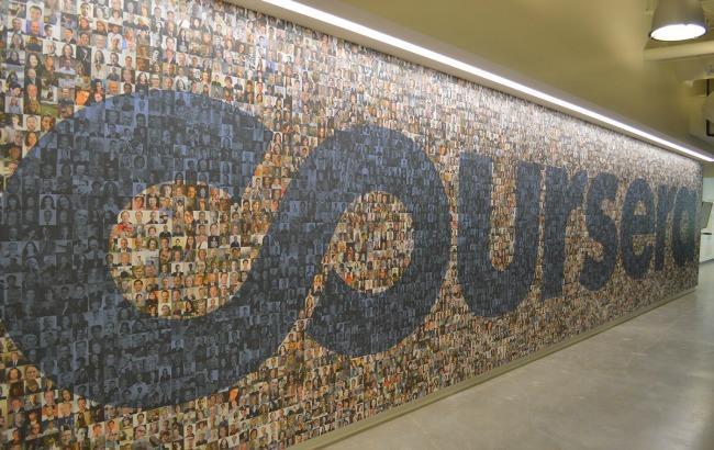 Фото: Coursera повертається в Крим