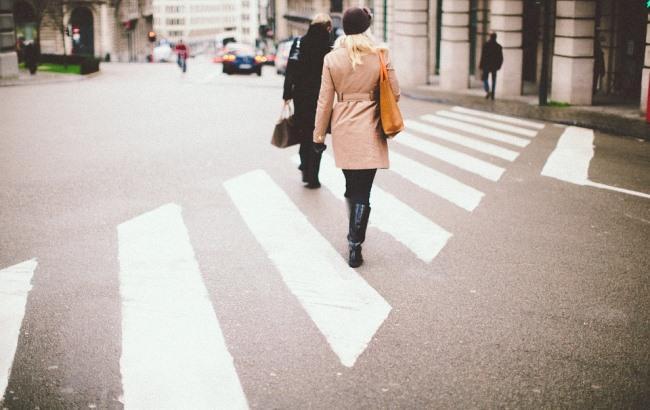 Фото: Пешеходы (pixabay.com/Free-Photos)