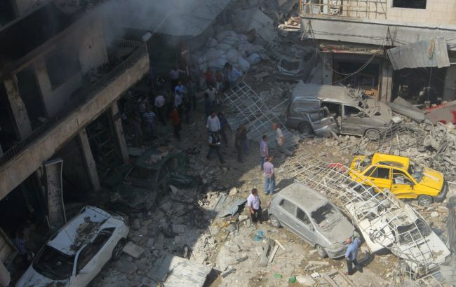 Фото: последствия авиаударов по Сирии