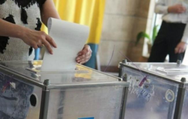Фото: місцеві вибори в Україні