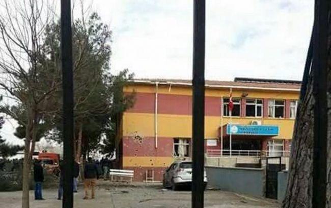 У Туреччині біля школи стався вибух, загинули 2 людини