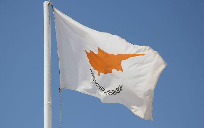 "На Кипре обнаружили случаи заражения ""британским"" штаммом коронавируса"