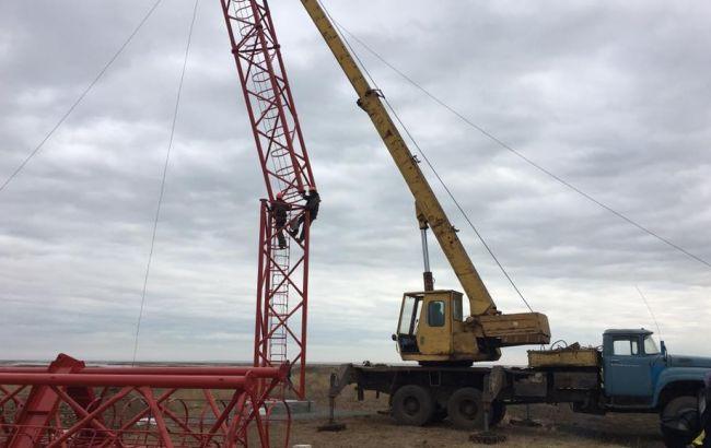 Фото: на Чонгарі почалося будівництво нової вишки
