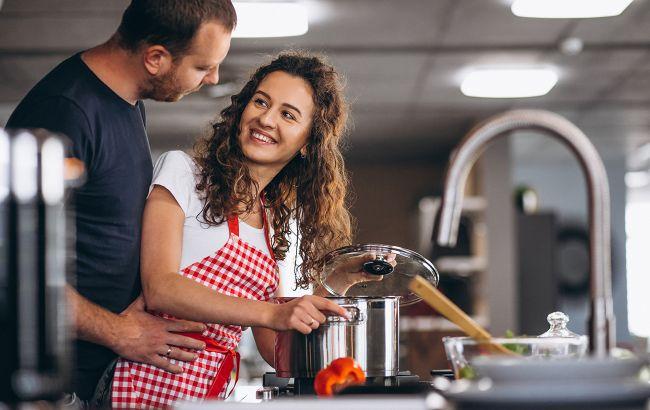 Это место на кухне больше всего любят бактерии: будьте осторожны