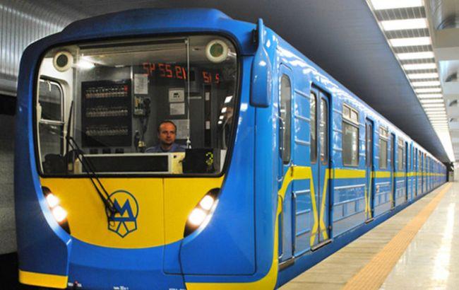 Фото: з початку року у Київському метро 9 разів травмувалися діти