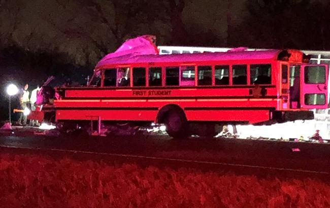У США в результаті ДТП з автобусом загинули дві людини