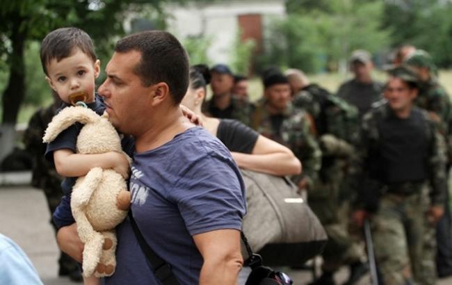 Фото: у Мінсоцполітики назвали число зареєстрованих переселенців з Криму і Донбасу