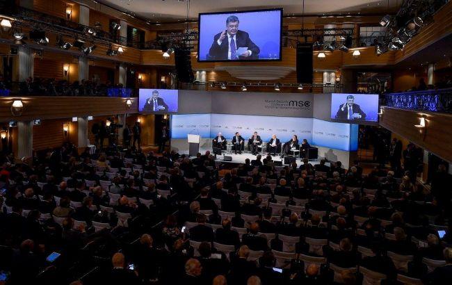 Порошенко примет участие в Мюнхенской конференции по безопасности